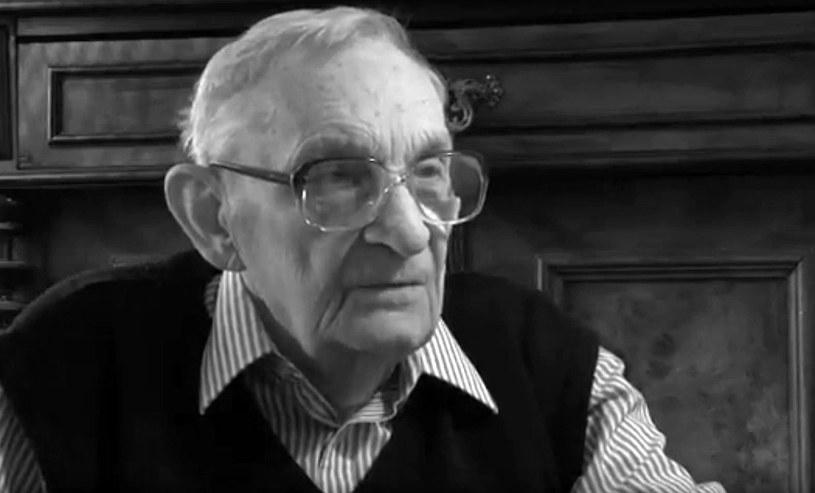 """Zmarł scenarzysta, reżyser i operator Jerzy Stawicki, który pracował m.in. przy filmach """"Do widzenia, do jutra"""", """"Jak rozpętałem drugą wojnę światową"""", """"Rozmowy kontrolowane"""" oraz """"Wierna rzeka"""". Filmowiec zmarł 1 marca w Warszawie, miał 89 lat."""