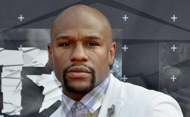 Były bokser Floyd Mayweather Jr. nie będzie miło wspominać 40. urodzin, które obchodził kilka dni temu na wystawnej imprezie w Los Angeles. W tym czasie doszło do włamania w jednej z jego posiadłości znajdującej się w Las Vegas - informują amerykańskie media.