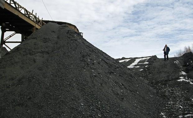 Wszyscy górnicy ukraińskiej kopalni Stiepowa we Lwowsko-Wołyńskim Zagłębiu Węglowym zostali ewakuowani na powierzchnię po czwartkowym wybuchu i zawale wyrobiska, które spowodowały 8 ofiar śmiertelnych - poinformowały ukraińskie służby ds. sytuacji nadzwyczajnych.