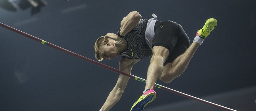 W Belgradzie rozpoczynają się dziś lekkoatletyczne Halowe Mistrzostwa Europy. Dwa lata temu z podobnej imprezy w Pradze przywieźliśmy siedem medali - w tym jeden złoty. Teraz nasz dorobek może być lepszy. Wysokie miejsca na światowych listach zajmują m.in. Piotr Lisek, Adam Kszczot czy Kamila Lićwinko. Łącznie do Serbii wysłaliśmy 34 sportowców.
