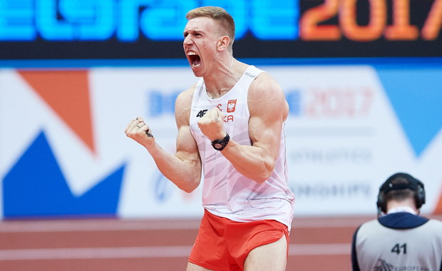 Piotr Lisek zdobył złoty medal na halowych mistrzostwach Europy w skoku o tyczce. Polak pokonał wysokość 5,85 m. W trzeciej próbie taki sam wynik uzyskał Paweł Wojciechowski, dzięki czemu zdobył brązowy krążek. Na drugim miejscu znalazł się Grek Konstadinos Filippidis.