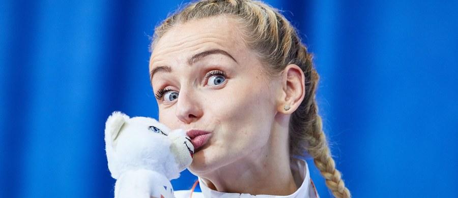 Justyna Święty (AZS AWF Katowice) czasem 52,52 w biegu na 400 m wywalczyła w Belgradzie brązowy medal halowych lekkoatletycznych mistrzostw Europy. Szósta była Małgorzata Hołub (KL Bałtyk Koszalin) - 54,29, a zwyciężyła Francuzka Floria Guei - 51,90.