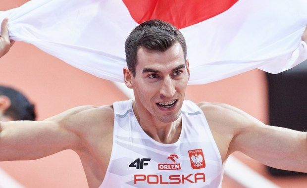 Rafał Omelko (AZS AWF Wrocław) wynikiem 46,08 poprawił rekord życiowy i wywalczył w Belgradzie srebrny medal halowych lekkoatletycznych mistrzostw Europy w biegu na 400 m. Najszybszy był Czech Pavel Maslak - 45,77.