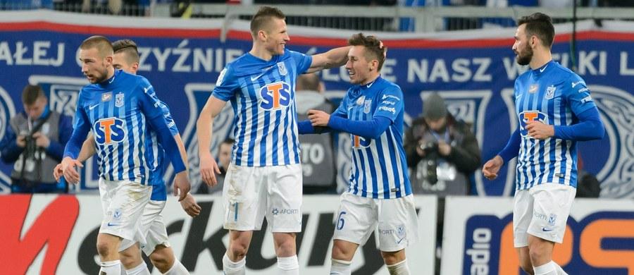 Piłkarze Lecha Poznań wciąż nie stracili ani punktu, ani nawet bramki w ekstraklasie w 2017 roku. W niedzielę pokonali u siebie prowadzącą w tabeli Lechię Gdańsk 1:0 w 24. kolejce. Zwycięstwo odniósł także wicelider - Jagiellonia Białystok.