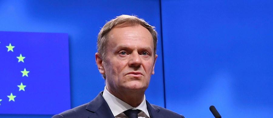 Donald Tusk, jak na razie, nie ma kontrkandydata - popierają go wszystkie kraje Unii Europejskiej z wyjątkiem Polski. To jednak nie oznacza, że jego pozycja nie jest zagrożona  - donosi korespondentka RMF FM z Brukseli Katarzyna Szymanska - Borginon.