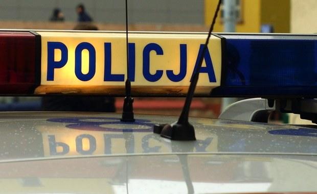 Dramatyczne sceny rozegrały się w Kiełpinie na Mazowszu. Mężczyzna zabarykadował się w domu jednorodzinnym i zdetonował granat.