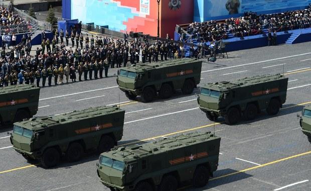 Szef MSZ Niemiec Sigmar Gabriel powiedział w wywiadzie dla rosyjskiej agencji Interfax, że stałe rozlokowanie rakiet Iskander w Kaliningradzie byłoby zagrożeniem dla bezpieczeństwa Europy. Zapewnił, że Berlin poważnie traktuje obawy mieszkańców Europy Wschodniej.