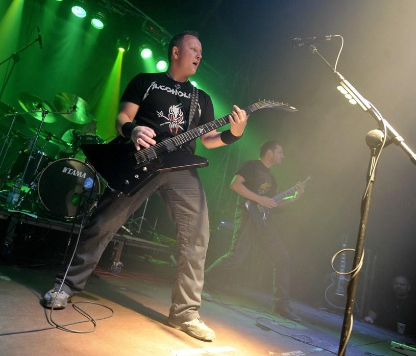 """8 kwietnia w Mega Clubie w Katowicach odbędzie się specjalny koncert """"Tribute Night"""" w hołdzie legendom ciężkiego grania - grupom Metallica AC/DC."""