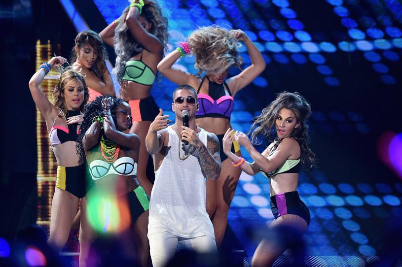 """Po sukcesie utworu """"Chantaje"""", nagranym wraz z Shakira, latynoski gwiazdor pop Maluma, zdradził, że chciałby, aby w kolejnym duecie towarzyszyła mu Selena Gomez."""