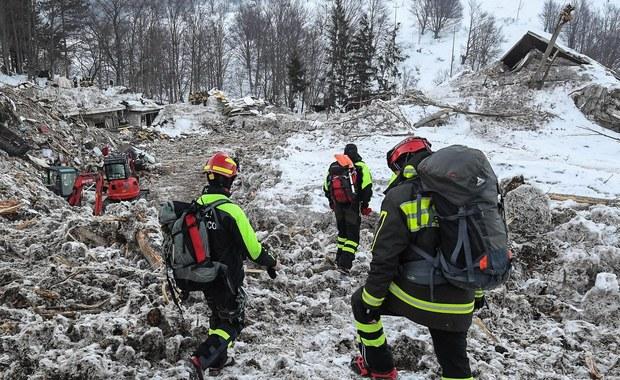 """""""Kretynów nie brakuje"""" - tak w sztabie kryzysowym władz prowincji Pescara w Abruzji zareagowano 18 stycznia na wiadomość o lawinie, która zeszła na hotel pełen turystów. Zapis rozmowy ujawniono dwa miesiące po katastrofie, w której zginęło 29 osób."""