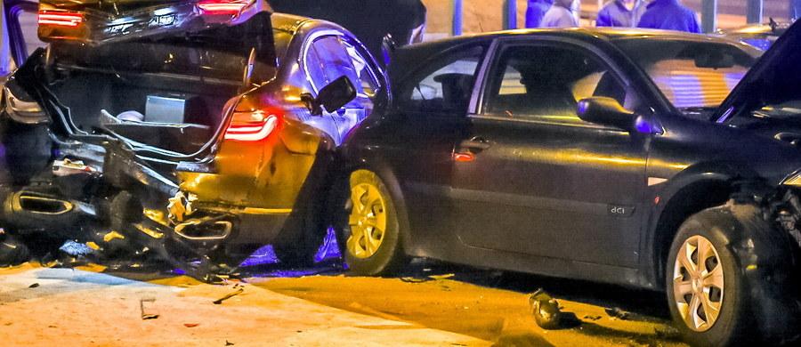 Co najmniej kilkadziesiąt milionów złotych będzie kosztowała przebudowa skrzyżowania w Lubiczu Dolnym koło Torunia, gdzie pod koniec stycznia doszło do wypadku z udziałem samochodu wiozącego Antoniego Macierewicza. W ubiegłym roku doszło tam do 8 kolizji.
