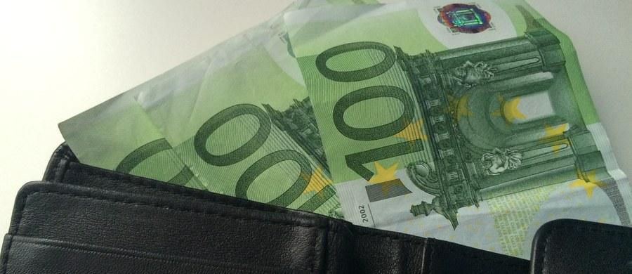 Hiszpania zanotowała w styczniu najwyższy w historii tego kraju dług publiczny. Jego wartość sięgnęła poziomu ponad 1,11 biliona euro - poinformował hiszpański bank centralny (BdE).