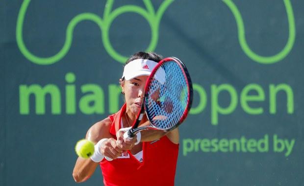 """Chińska tenisistka Qiang Wang będzie rywalką Agnieszki Radwańskiej w drugiej rundzie turnieju WTA Premier na kortach twardych w Miami z pulą nagród 6,9 miliona dolarów. Rozstawiona z """"piątką"""" Polka na otwarcie miała tzw. wolny los."""