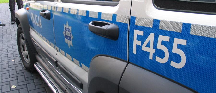 W prokuraturze w Wysokiem Mazowieckiem przesłuchanych ma dziś zostać dwóch mężczyzn, którzy wczoraj z podlaskiej Jabłonki Kościelnej mieli uprowadzić i zgwałcić 15-latkę.