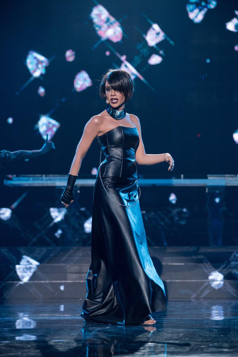 """W najbliższym odcinku show """"Twoja Twarz Brzmi Znajomo"""" zobaczymy między innymi Zosię Nowakowską jako Whitney Houston."""