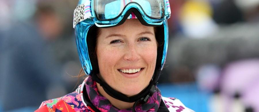 Karolina Riemen-Żerebecka została wybudzona ze śpiączki farmakologicznej, w której była utrzymywana po wypadku na treningu skicrossu podczas mistrzostw świata w narciarstwie dowolnym w hiszpańskiej Sierra Nevadzie. Reprezentantka Polski wciąż przebywa w szpitalu w Grenadzie.