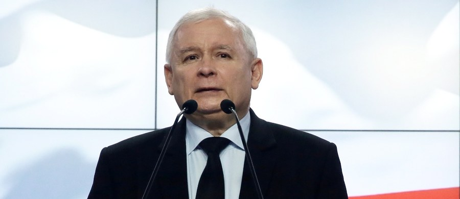 """""""Rozmawialiśmy jako szefowie partii"""" - powiedział Jarosław Kaczyński po spotkaniu w Londynie z brytyjską premier Theresą May. Prezes PiS przed spotkaniem zapowiedział, że głównymi tematami rozmów będą sytuacja Polaków oraz stosunki na linii Warszawa-Londyn."""