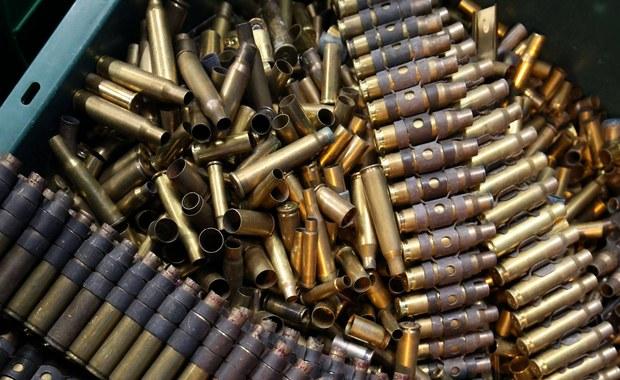 Działająca w Hiszpanii i Francji organizacja ETA (Kraj Basków i Wolność), która w październiku 2011 roku ogłosiła definitywne zakończenie walki zbrojnej, potwierdziła, że do 8 kwietnia zakończy proces samorozbrajania.