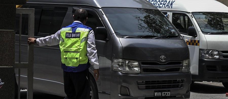 Prochy Kim Dzong Nama, zamordowanego w lutym w Malezji przyrodniego brata północnokoreańskiego przywódcy Kim Dzong Una, zostaną odesłane do Korei Północnej - uzgodniły oba kraje. Poinformował o tym premier Malezji Najib Razak.