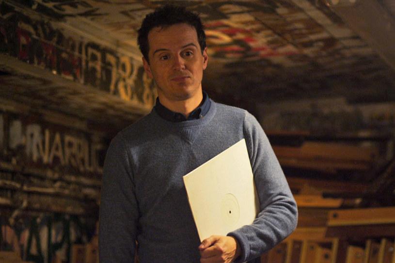 """Andrew Scott - gwiazdor serialu """"Sherlock"""" oraz filmów """"Dumni i wściekli"""", Spectre"""", Kłamstwo"""" - przyjeżdża do Krakowa. Jego najnowsze dzieło - """"Handsome Devil"""", to kolejny tytuł, który festiwalowa publiczność obejrzy w ramach sekcji """"Aż po grób""""."""