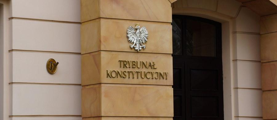 Ośmioro sędziów Trybunału Konstytucyjnego wnioskują o zwołanie Zgromadzenia Ogólnego z udziałem prezydenta. Chcą rozmawiać o przywróceniu zgodnej z prawem działalności Trybunału, zakłóconej od czasu, kiedy funkcję prezesa objęła Julia Przyłębska.