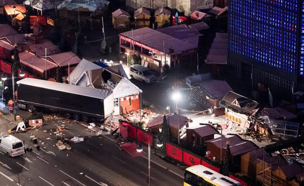"""Właściciel polskiej ciężarówki, która posłużyła tunezyjskiemu terroryście Anisowi Amriemu do przeprowadzenia zamachu w Berlinie, domaga się od Niemiec odszkodowania - podał dziennik """"Passauer Neue Presse"""". Samochód ma wrócić do Polski 13 kwietnia."""