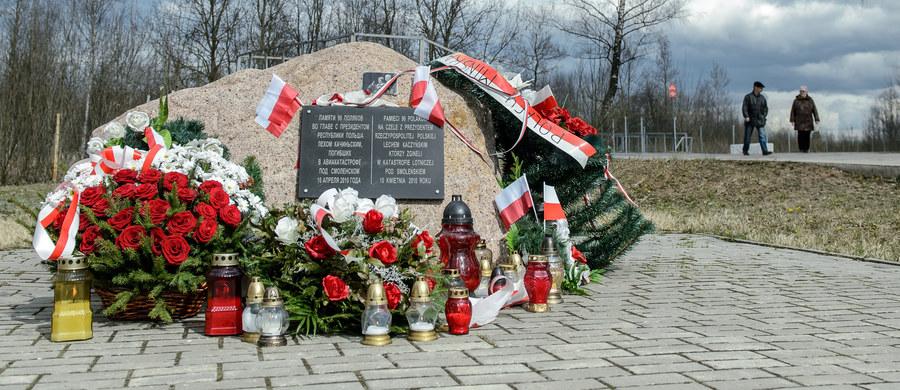 Wspomnienia ze Smoleńska otworzą nowy tydzień w polskiej polityce. Będą też informacje o ustaleniach podkomisji stworzonej przez ministra obrony, która zajmuje się wydarzeniami z 10 kwietnia 2010 roku.