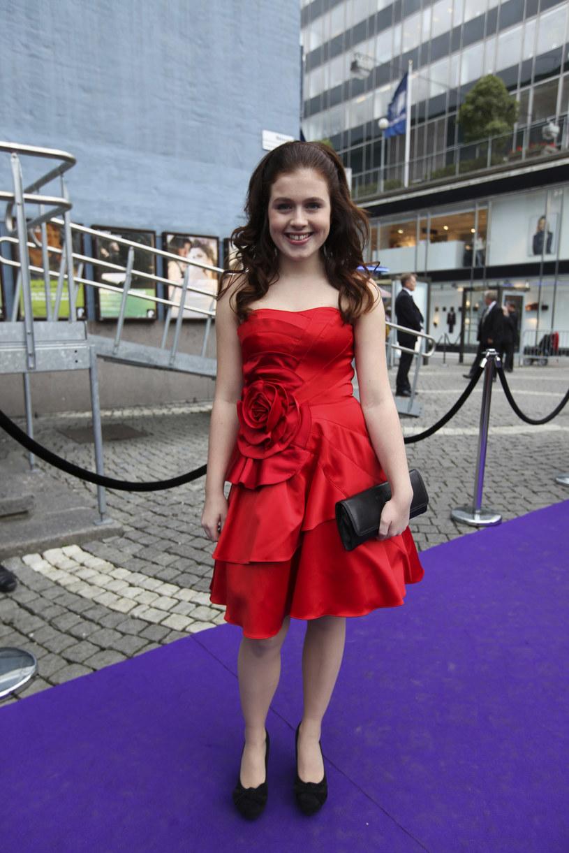 """Mając 13 lat, Amy Diamond zasłynęła przebojem """"What's in It for Me"""", który cieszył się sporą popularnością w Europie (również w Polsce). Dziewczyna jednak nie wykorzystała potencjału i wkrótce słuch o niej zaginął. Co obecnie robi Szwedka, która 15 kwietnia kończy 25 lat?"""
