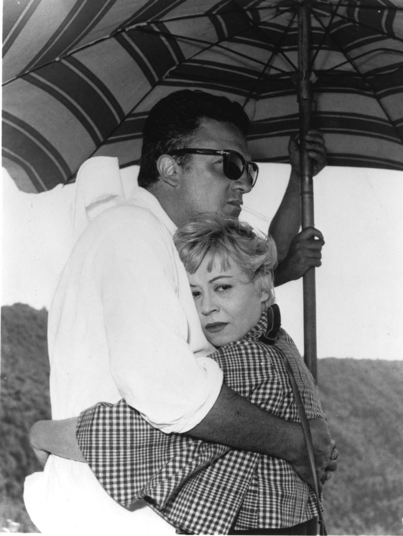 """Tragiczne przeżycia jeszcze bardziej ich do siebie zbliżyły. """"Czasem to ja byłem ojcem dla niej, a czasem ona dla mnie matką"""" – wspominał Federico Fellini."""
