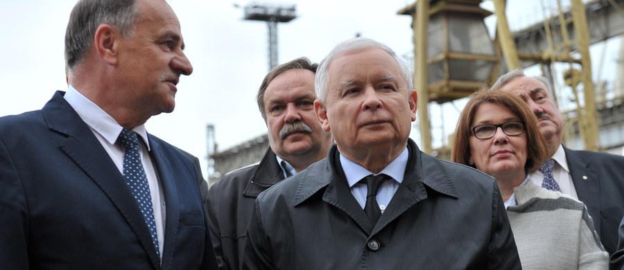 """Wolność dzisiaj w Polsce jest, i tylko ktoś, kto w ogóle nie dostrzega rzeczywistości może to kwestionować - powiedział prezes PiS Jarosław Kaczyński w kontekście organizowanego w Warszawie przez PO """"Marszu Wolności"""". PiS jest partią wolności; zagrożeniem są plany opozycji - dodał."""