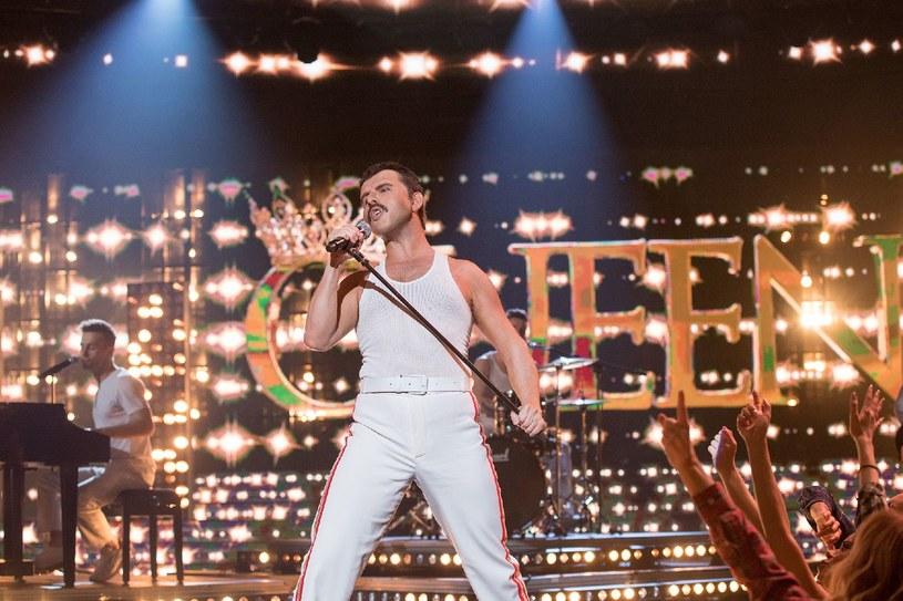 """W finale programu """"Twoja twarz brzmi znajomo"""" Sławomir wcielił się we Freddiego Mercury'ego, legendarnego wokalistę grupy Queen. Ten występ zauważył gitarzysta formacji - Brian May, który udostępnił wideo na swoim facebookowym profilu."""