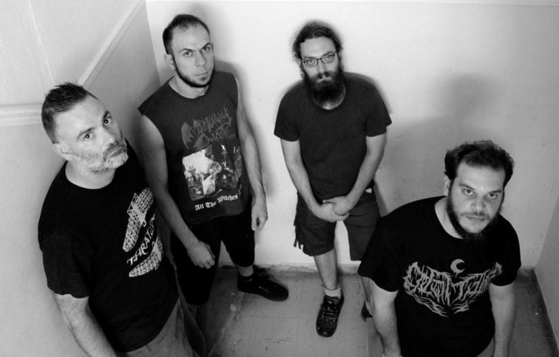 Samozwańczy astrogrindowcy z greckiej grupy Dephosphorus przygotowali trzeci album.