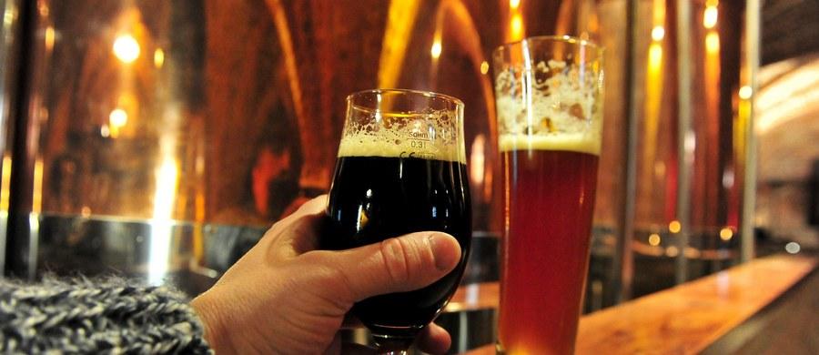Polska jest trzecim co do wielkości producentem piwa, przynosząc budżetowi dochody na poziomie 3,6 mld zł rocznie. Większość surowców potrzebnych do wytworzenia piwa pochodzi z rodzimych plantacji - zaznaczył wiceminister rolnictwa Jacek Bogucki.