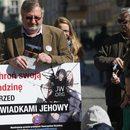 Manifestacja przeciw szkodliwym praktykom Świadków Jehowy we Wrocławiu - 26 marca 2017