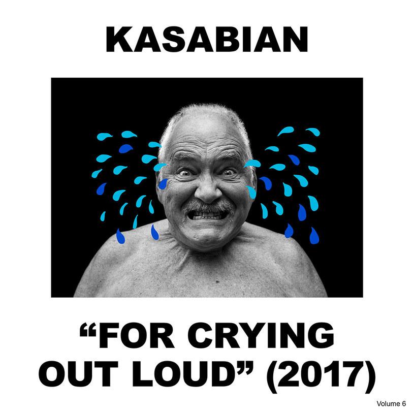 """Szumne zapowiedzi Sergio Pizzorno, obietnica najlepszego albumu w całej dyskografii, zapewnienie o zuchwałości i buńczuczności. Czy to jest dobre? Oczywiście, członkowie zespołu Kasabian nie pozwoliliby sobie na wypuszczenie czegoś niedoskonałego, niedopracowanego, gorszej jakości. Ale to, co słyszymy na """"For Crying Out Loud"""" to za mało, by uznać płytę za najlepszą spośród wszystkich sześciu długograjów nagranych przez Brytyjczyków."""