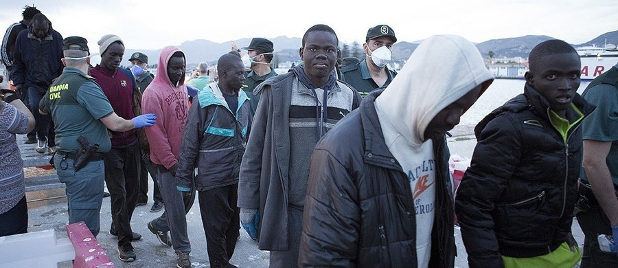 """Imigranci, którzy decydują się zamieszkać w kraju zachodnim, mają """"obowiązek dostosować się do wartości jego społeczeństwa"""" - orzekł włoski Sąd Najwyższy. Zastrzegł jednak równocześnie, że imigranci nie muszą wyrzekać się swych korzeni."""