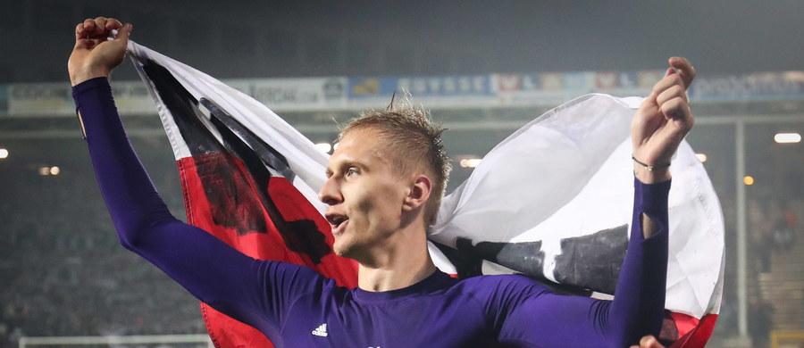 Łukasz Teodorczyk zdobył dwie bramki dla Anderlechtu Bruksela w wygranym 3:1 meczu ligi belgijskiej z Charleroi. Jego zespół zapewnił sobie mistrzostwo kraju na kolejkę przed końcem rozgrywek.