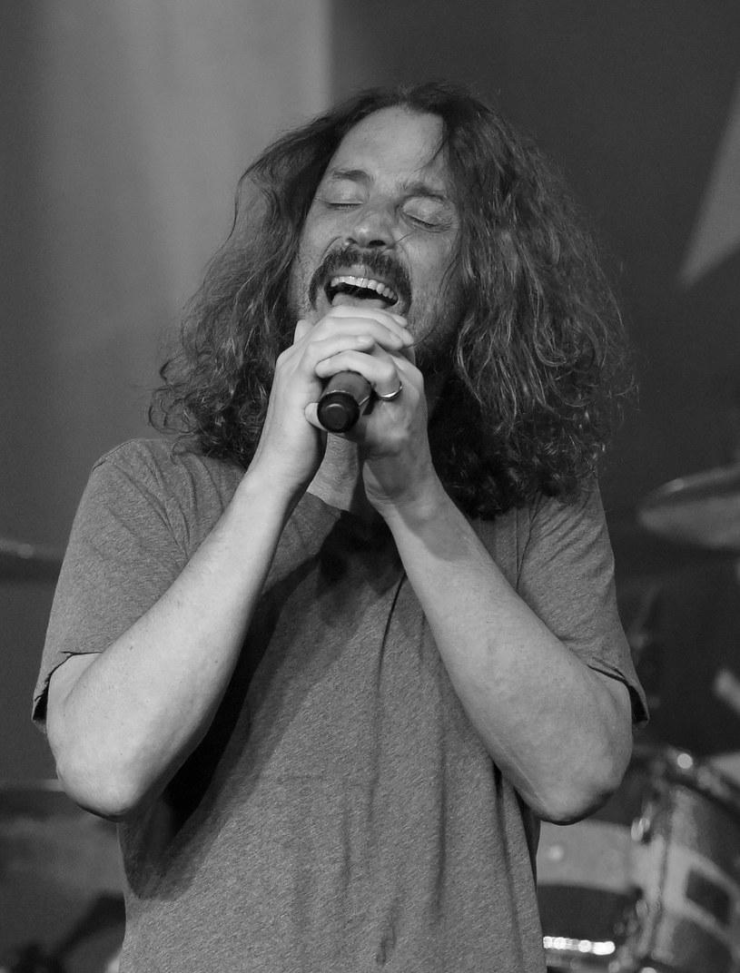Dodatkowego znaczenia nabierają słowa tekstu ostatniego utworu wykonanego przez Chrisa Cornella w dniu jego samobójczej śmierci.