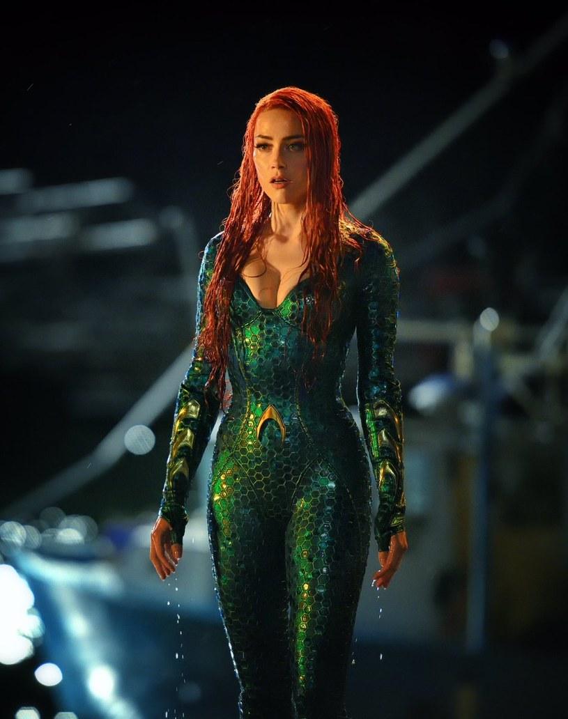 """Pojawił się pierwszy fotos z filmu """"Aquaman"""" przedstawiający amber Heard w roli Mery."""