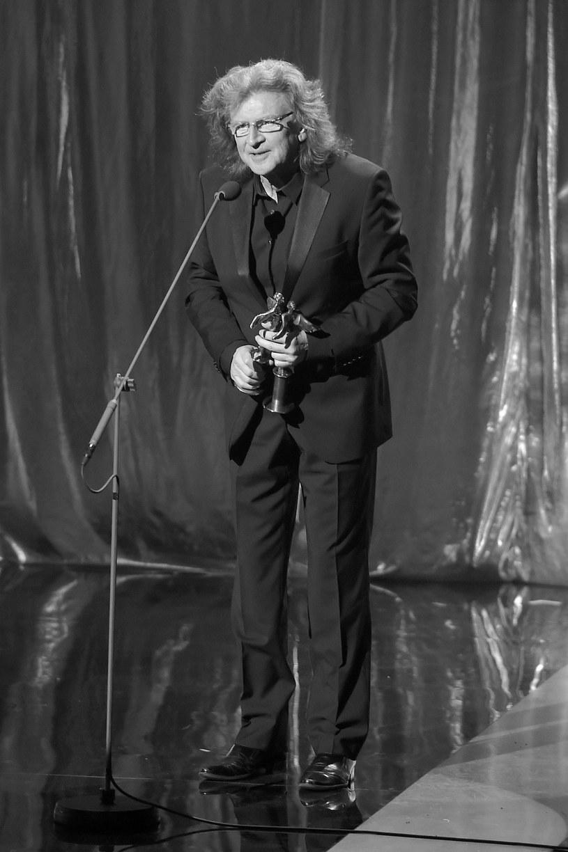 W poniedziałek 22 maja odszedł Zbigniew Wodecki. Artysta zmarł w wyniku udaru mózgu po operacji  by-passów.