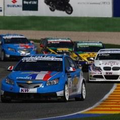 Wyścigi samochodów turystycznych: Mistrzostwa Świata w Nürburgu - wyścig otwarcia