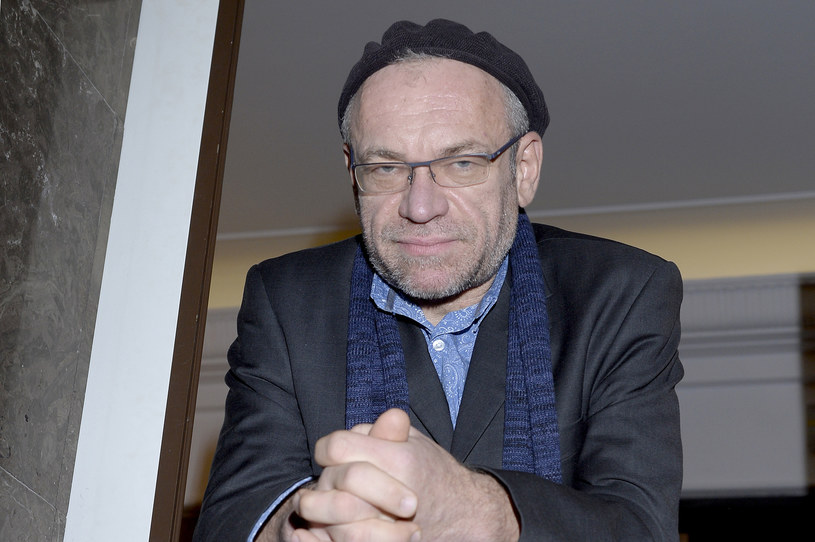 """Mariusz Bonaszewski miał bardzo dużo szczęścia. Jego chorobę zauważył jeden z widzów, który jest lekarzem. Aktor grający obecnie w serialu """"Przyjaciółki"""" musiał przejść skomplikowaną operację."""