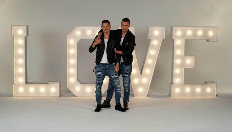 Znani z nagrywania amatorskich teledysków do piosenek Roxette i Beaty Kozidrak polscy geje Jakub i Dawid postanowili oddać hołd zmarłemu pod koniec 2016 r. George'owi Michaelowi. Efektem jest klip nakręcony z udziałem przedstawicieli środowisk LGBT.