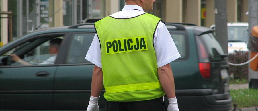 Zaostrzanie kar za przestępstwa w ruchu drogowym pozwoli chronić życie i zdrowie obywateli na drogach - mówił wiceminister sprawiedliwości Michał Wójcik. Dziś wchodzi w życie nowelizacja Kodeksu karnego, zaostrzająca kary dla piratów drogowych.