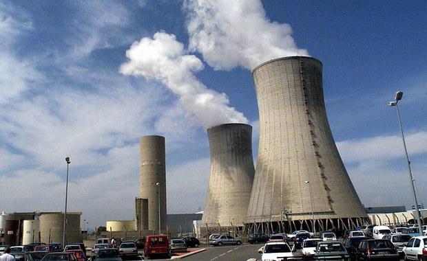 """W perspektywie lat 2050-2060 w Polsce mogłoby powstać """"do trzech elektrowni jądrowych"""" - powiedział minister energii Krzysztof Tchórzewski. Zapewnił, że on sam jest zwolennikiem takiej energetyki."""