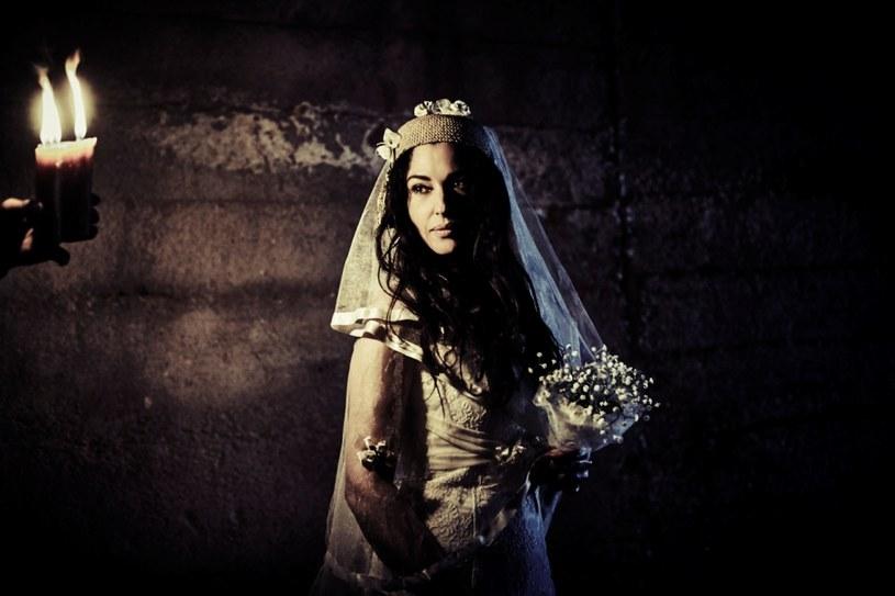 Wielki powrót Emira Kusturicy - jednego z najważniejszych twórców europejskiego kina. Pierwszy od blisko dekady film fabularny reżysera to porywająca historia miłosna ze zjawiskową Monicą Bellucci.