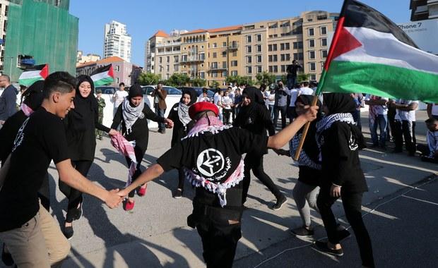 Wysoki komisarz ONZ ds. praw człowieka, Jordańczyk Zeid Ra'ad Al-Hussein, wezwał we wtorek do zakończenia izraelskiej okupacji terytoriów palestyńskich, podkreślając, że obu stronom konfliktu przyniosłoby to korzyści po 50 latach wzajemnej wrogości.