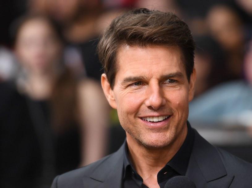 """W Nowym Jorku odbyła się premiera filmu """"Mumia"""" z Tomem Cruisem w roli głównej. Przy okazji uroczystego pokazu hollywoodzki gwiazdor pogratulował swojemu koledze narodzin bliźniaków."""