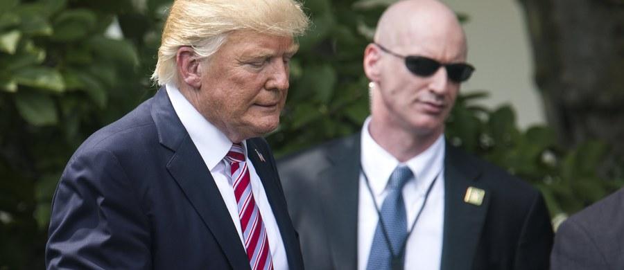 Amerykański dystrykt stołeczny (Dystrykt Kolumbii - DC) i stan Maryland oskarżyły prezydenta USA Donalda Trumpa o złamanie konstytucji. Tamtejsze władze uważają, że Trump postąpił wbrew ustawie zasadniczej, przyjmując pieniądze od obcych rządów.