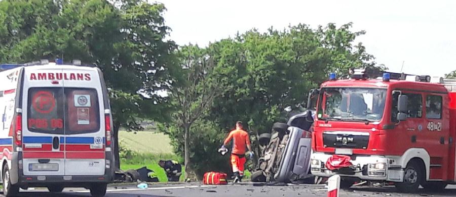 Poważny wypadek na drodze krajowej nr 5. Na obwodnicy Kościana zderzyły się dwa samochody osobowe. Informację dostaliśmy na Gorącą Linię RMF FM.